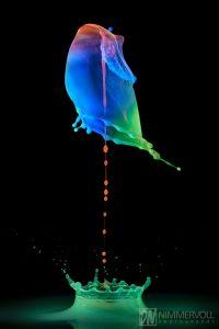 UV-Blitz fluoreszierend